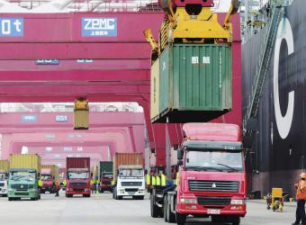 Dos de 10 industrias colombianas van al exterior